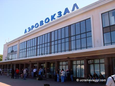 maggiore autonoleggio bari aeroporto